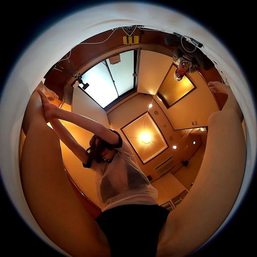 【こんな動画見たことない】360度カメラで女性の体操を撮影[フェチ:脚,股間,コスプレ,ブルマ]