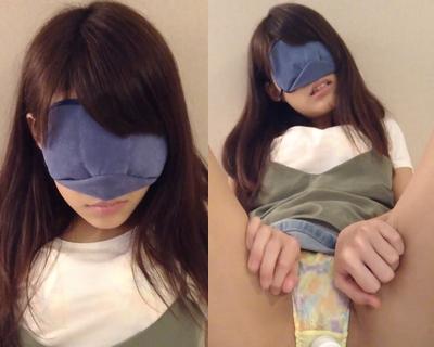 女子大生さやか 初めての電マで太もも押さえながらビクビクの巻