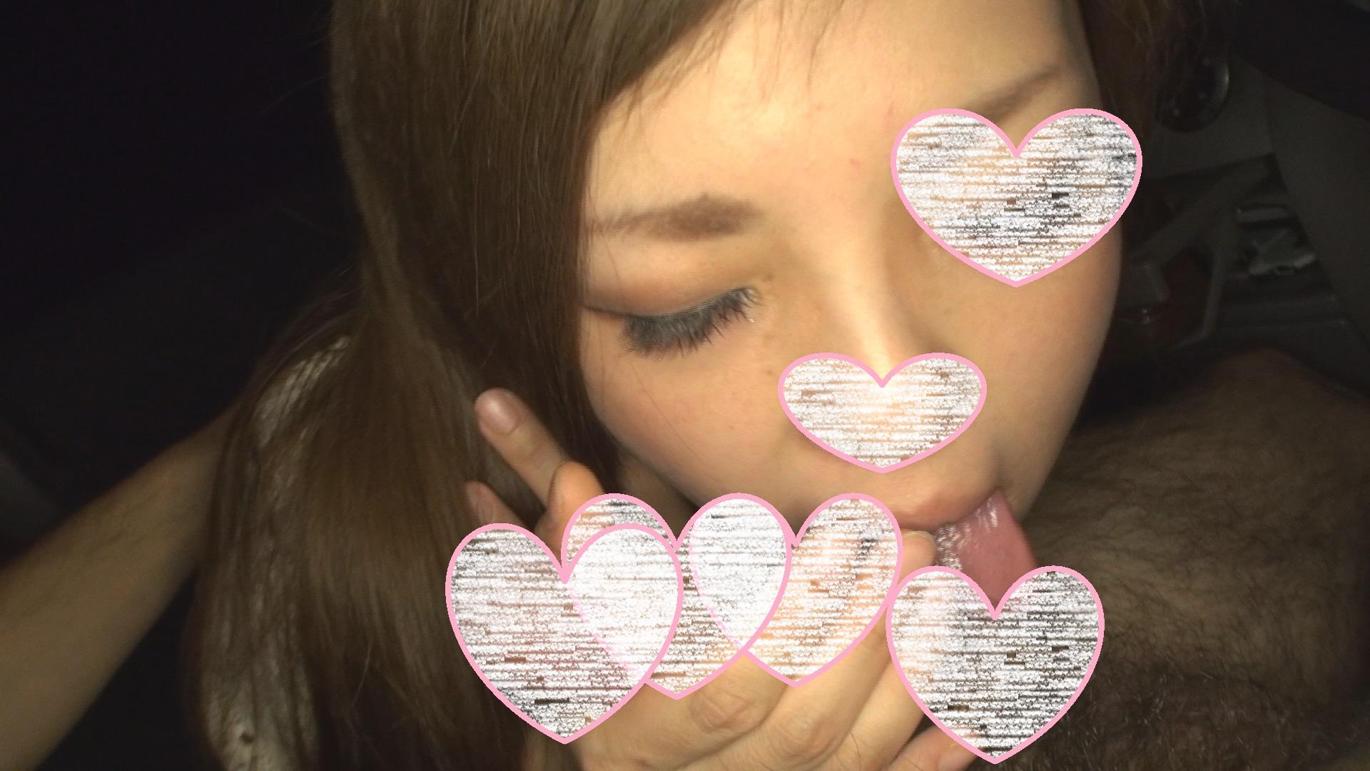 【個人撮影】カーSEX 狭い空間で交わり中出しされる女