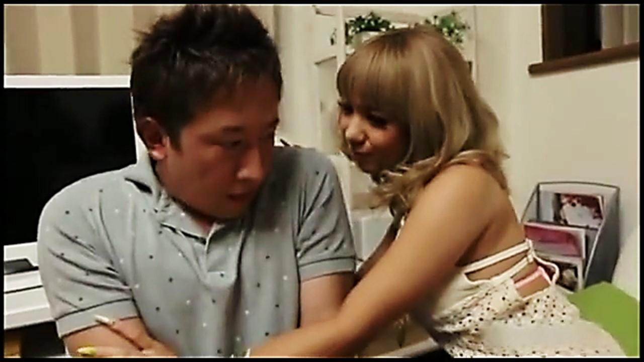 【高画質HD】ギャル系女子○生が後輩を自宅連れ込みで生中出し逆SEX!(8分17秒)